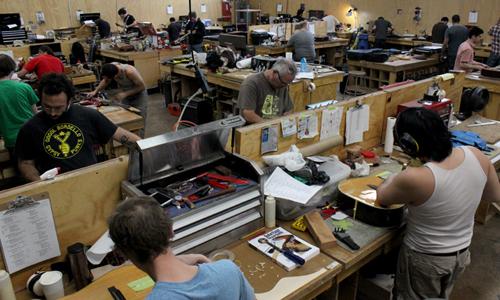 Roberto Venn School of Luthiery
